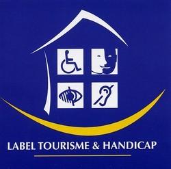 logo tourisme et handicap_