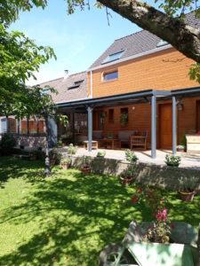 Jardin et terrasse - Chambres d'hôtes à Annequin